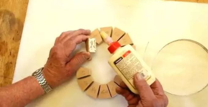 How many types of glue for fabric crafts
