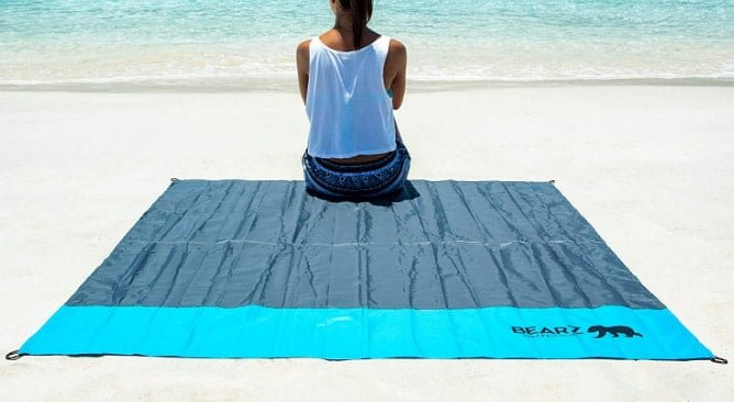 BEARZ Outdoor waterproof Beach Blanket