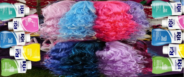 How to Dye a Synthetic Wig with Fabric Dye